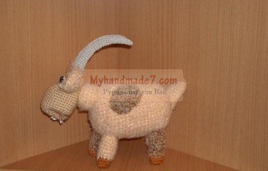 Новогодняя коза: лучшие идеи и фото