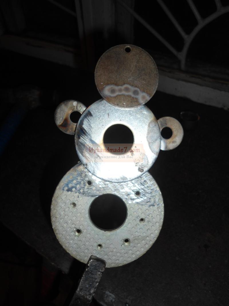 снеговик из металлических шайб своими руками