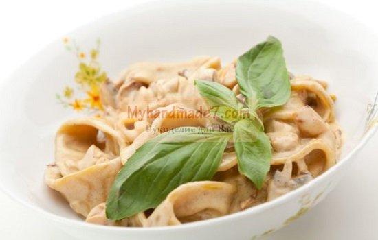 Паста с курицей и грибами: рецепты с фото