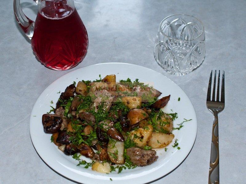 Как приготовить картошку с грибами? Советы и рекомендации