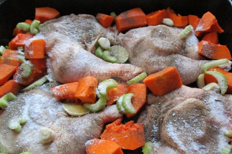 Запеченные куриные окорочка слимоном, чесноком итравами, пошаговый рецепт с фото