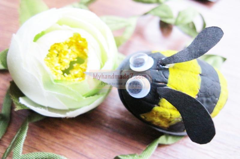 Поделка пчелка из природных материалов своими руками