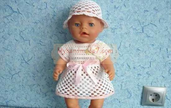 Особенности вязания одежды для кукол разных видов